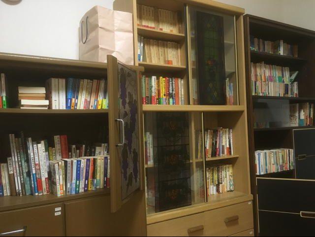 ふじみ野市での古本買取。いっぱいの本棚