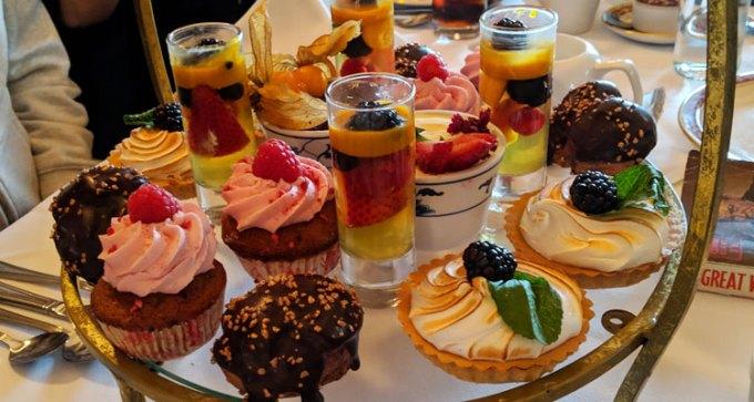 Queens Hotel: afternoon tea