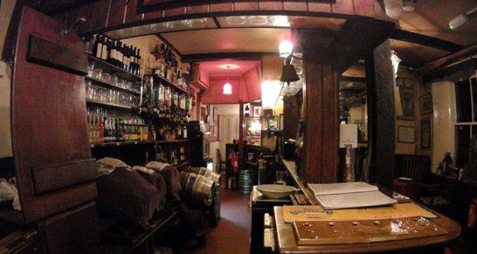 The bar at the Bonchurch Inn