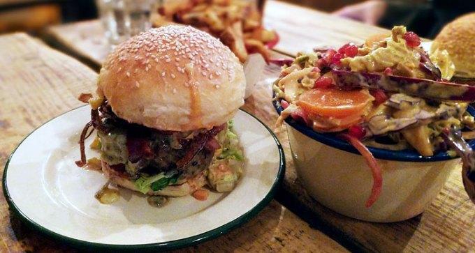 Asado: 'El Rico' burger