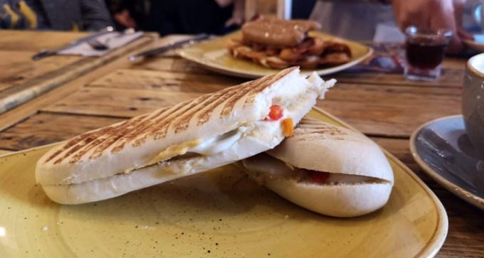 mozzarella, red pepper and hummus