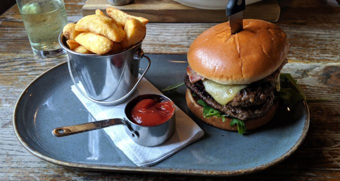 'The Crown Burger'