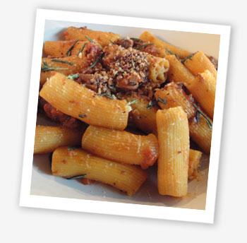Wild ragù pasta pipe