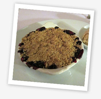 Apple and blackcurrant crumble