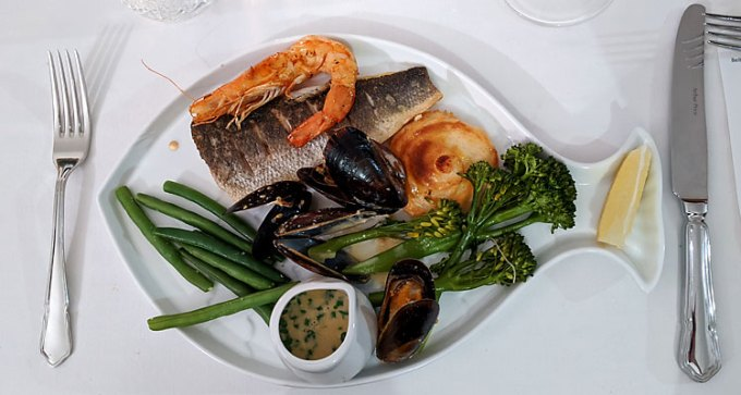 Sea bass, crevette and mussels