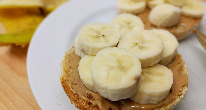 Banana and peanut butter on muffin