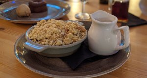 Pear and mixed berry crumble