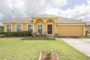 Front of 3231 Park Branch Ave Clermont FL