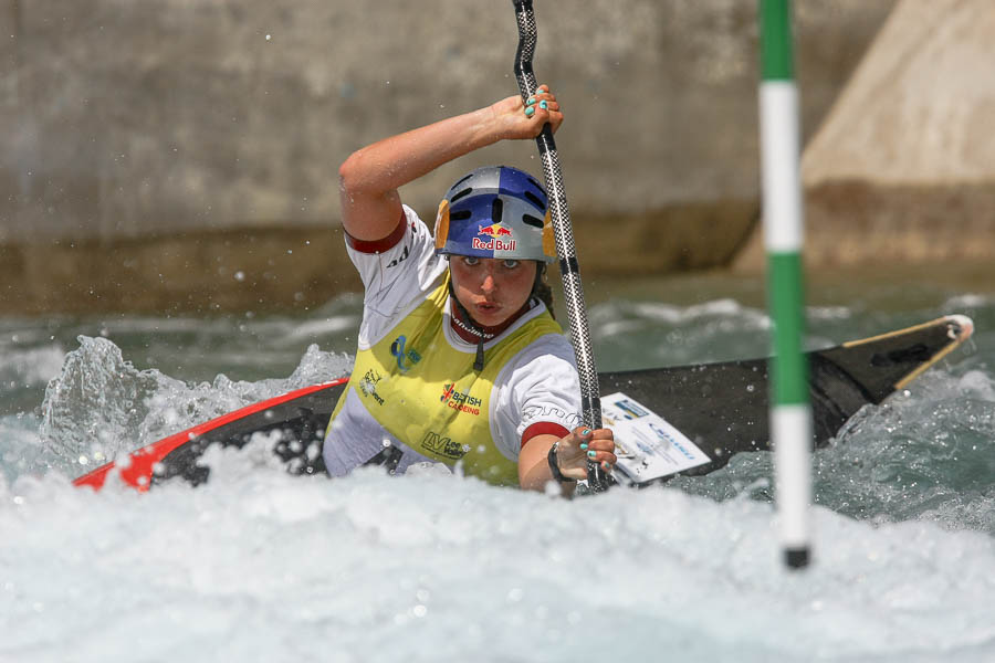 Kent Sport Photography Australian Jessica Fox. 2014 ICF Canoe Slalom World Cup. Lee Valley White Water Centre, London.