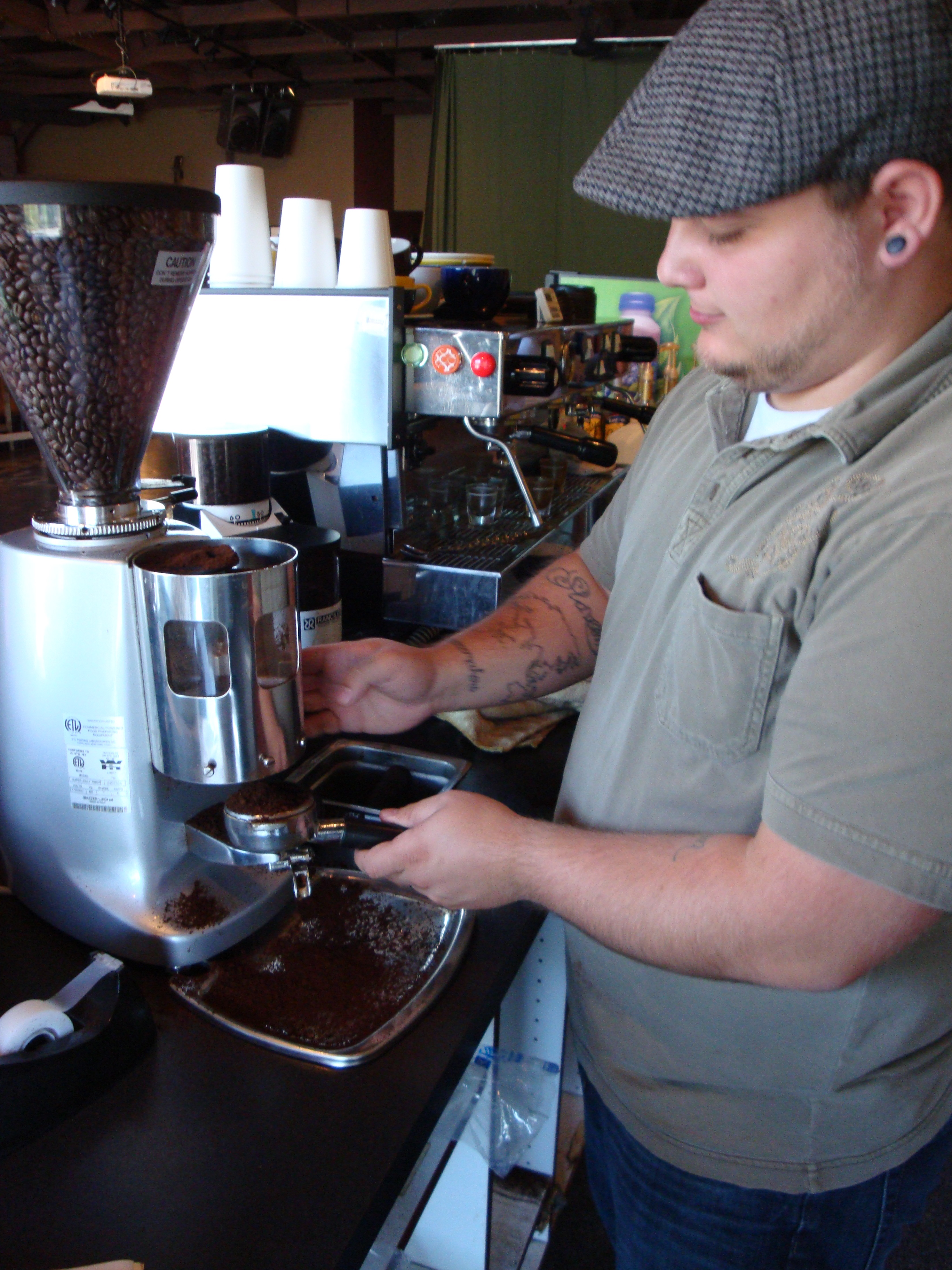 Getting the grounds from the Mazzer
