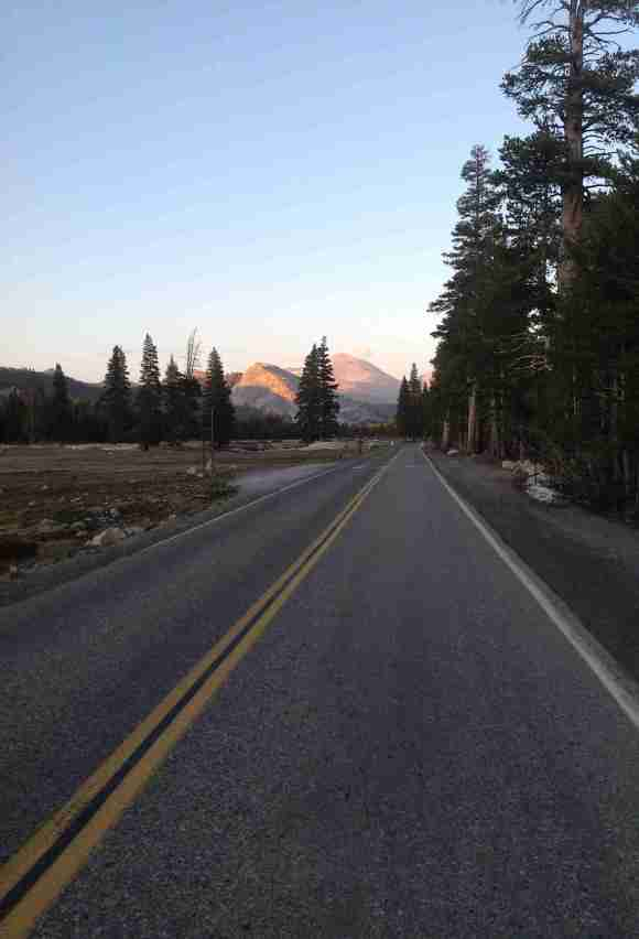 Yosemite Tuolumne Meadows Road