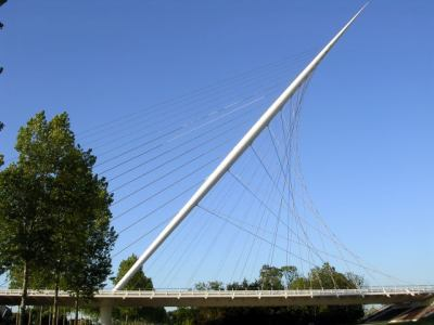 Calatrava bridge at Nieuwe Vennep