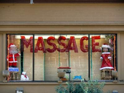 Santa Claus massage