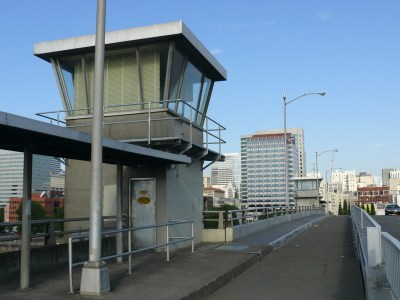 Morrison Bridge tender towers and bike path