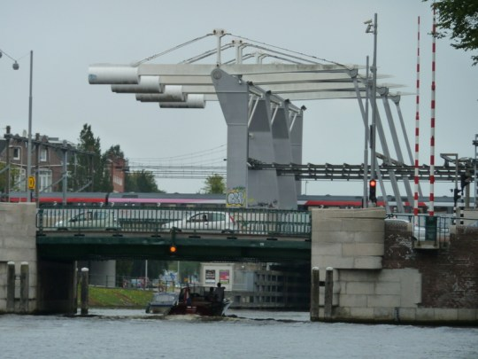 Railroad drawbridge west of the Centraal Station
