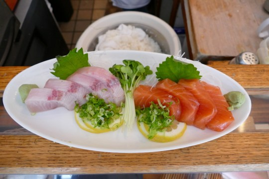 sashimi of sake and hamachi