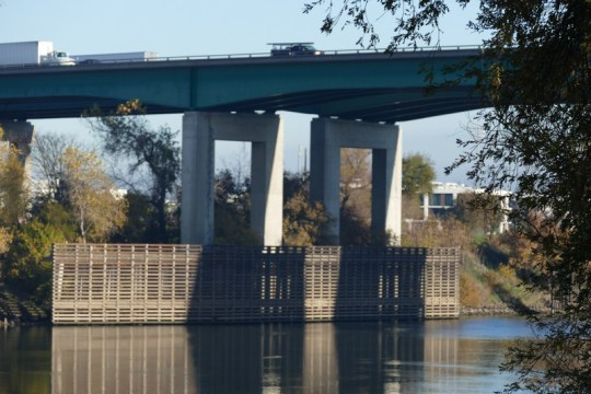 Pioneer Memorial Bridge, Sacramento