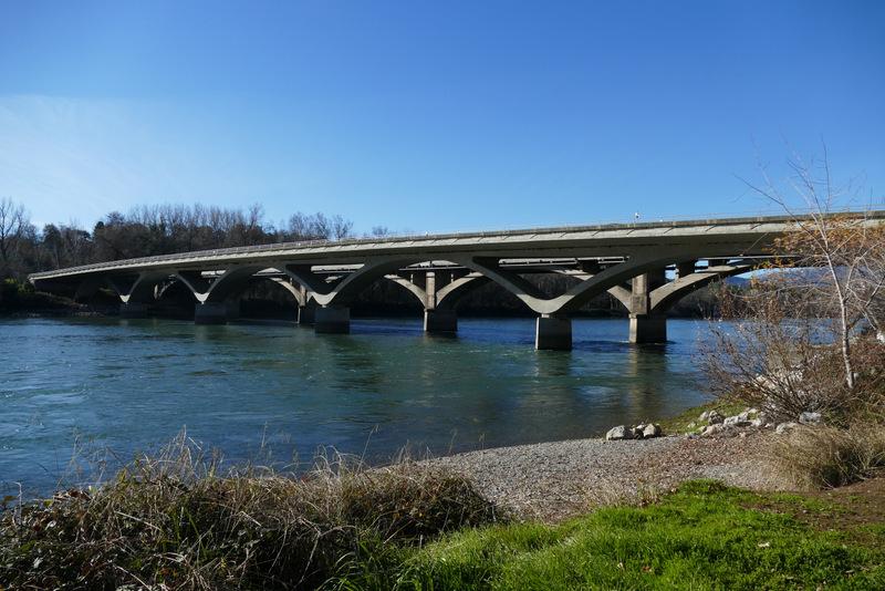 Lake Redding and Diestelhorst Bridges