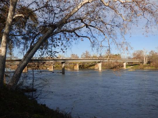 I-5 Bridge south of Red Bluff