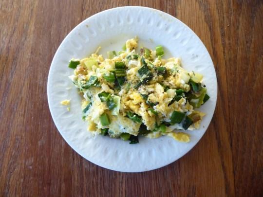 Green garlic scramble