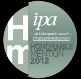 IPA 2012HonorableMention.jpg (Immagine JPEG, 260x257 pixel)