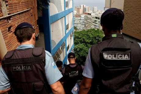 A group of UPP policemen (Pacifying Police Unit) in the favela of Cantagalo. Rio de Janeiro, Brazil 2015. © Matteo Bastianelli