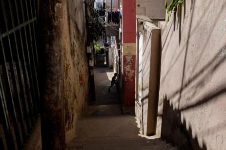 A child on the street in the favela of Cantagalo. Rio de Janeiro, Brazil 2015. © Matteo Bastianelli