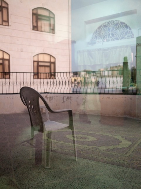A chair on a terrace in the diplomatic area of the capital. Sana'a, Yemen 2018. © Matteo Bastianelli