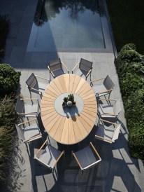 OZN240, nuovo tavolo ovale