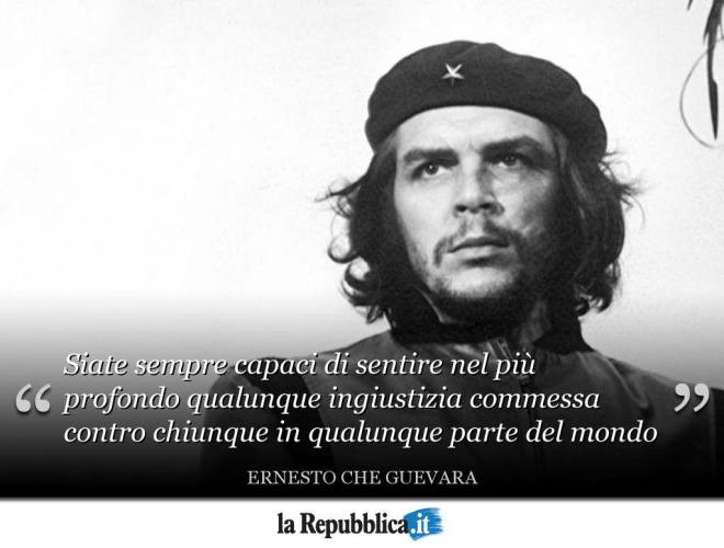 Ritratto di Ernesto Che Guevara che ci invita ad essere capaci di sentire qualunque ingiustizia