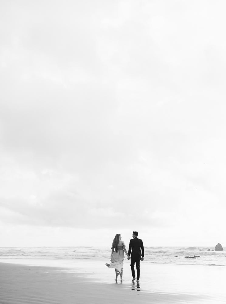 matt-erickson-photography-cannon-beach-enagement-photos-28.jpg