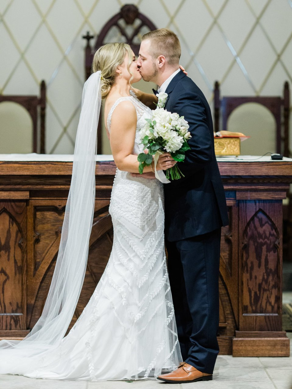 classic-spring-cleveland-wedding-23.jpg