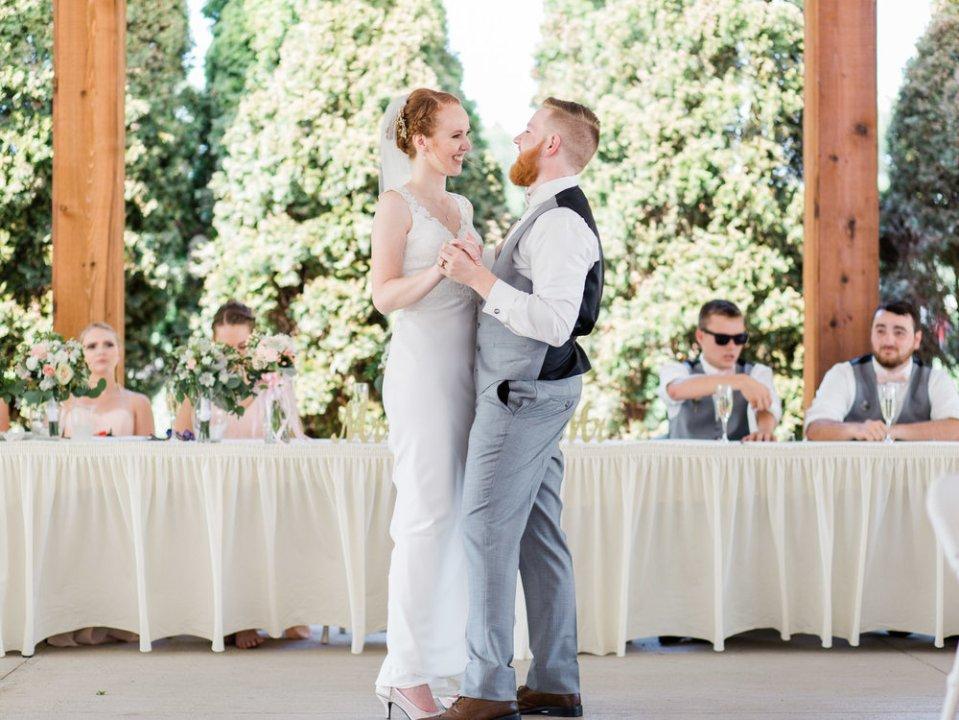 Romantic Summer Wedding in Ashland Ohio-36.jpg
