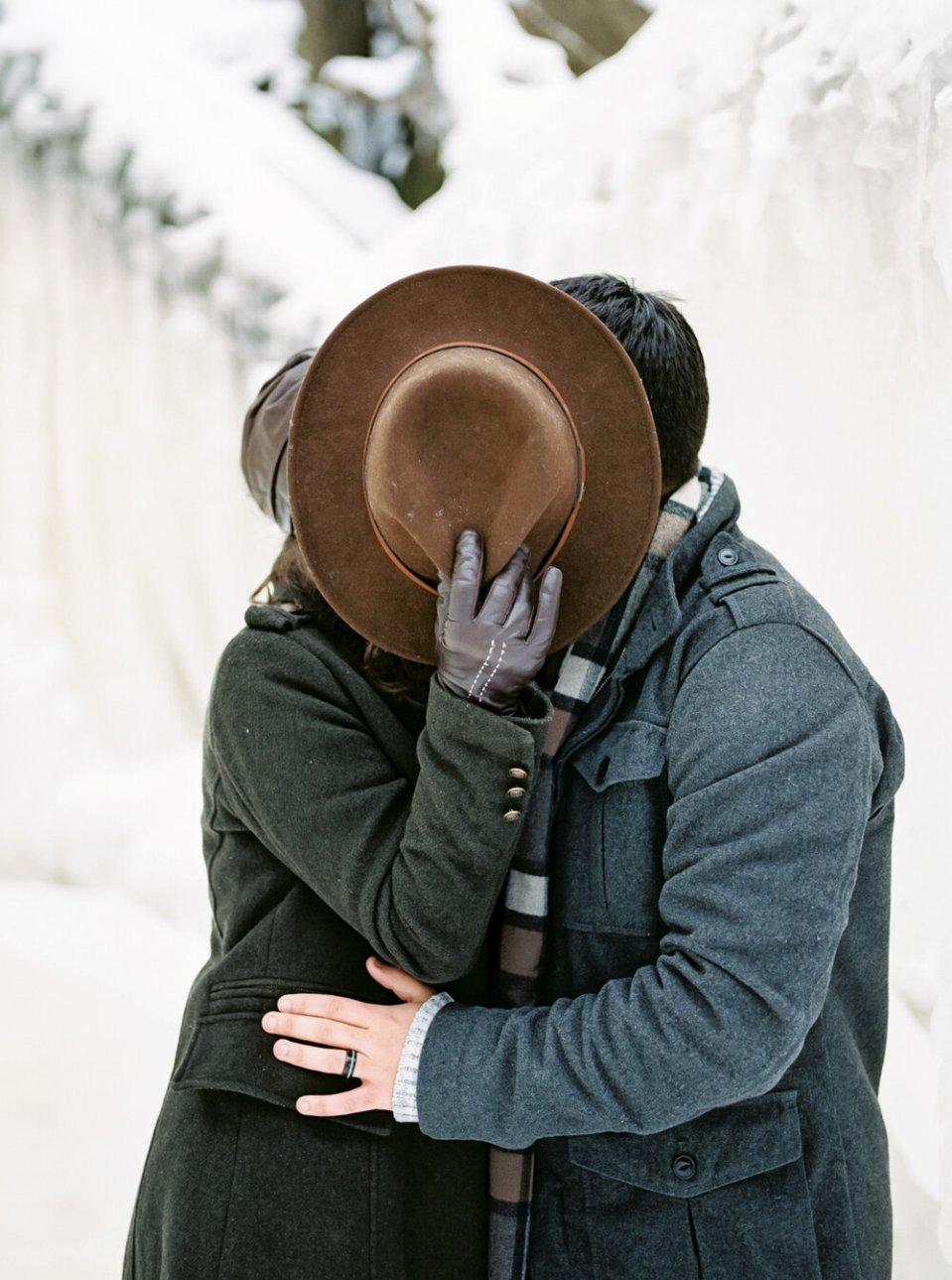 3 Frozen+Brandywine+Falls+Photos+by+Cleveland+Wedding+Photographer+Matt+Erickson+Photography.jpg