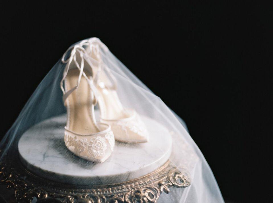 fine-art-cleveland-wedding-editorial-264.jpg