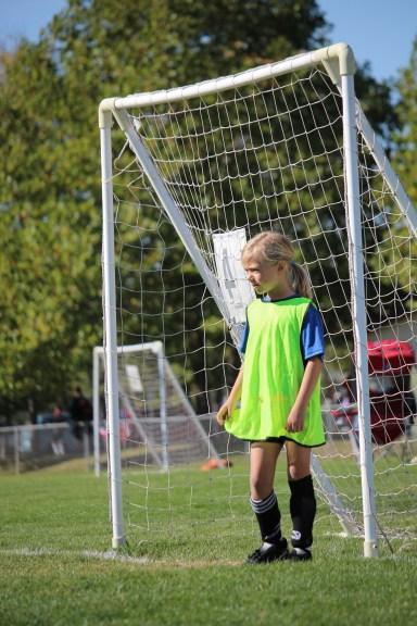 Helen's soccer, Ali's pics, boys visit 135