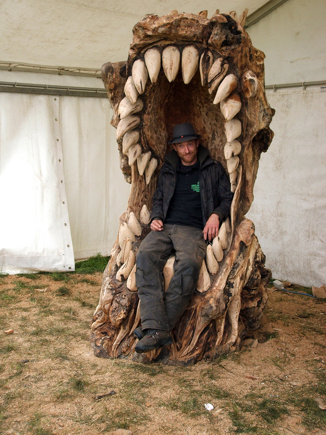 Dragon Chair Dragon Chair Matthew Crabb Chainsaw Artist