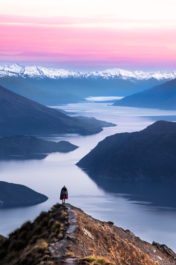 Roys-peak-new-zealand-dawn