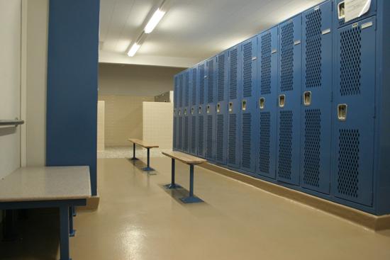 locker_room_google_0151
