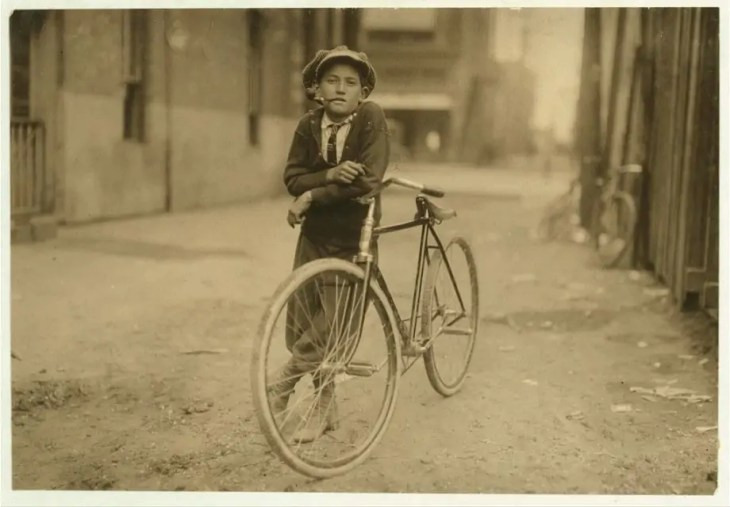 Messenger boy working for Mackay Telegraph Company. Waco, Texas by Lewis Wickes Hine (1913) – Library of Congress Flickr collection