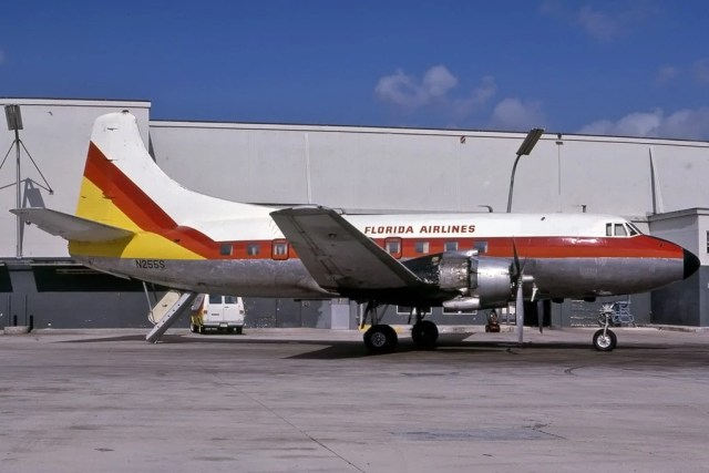 Florida Airlines Martin 404 N255S by Flickr User EX/ZX