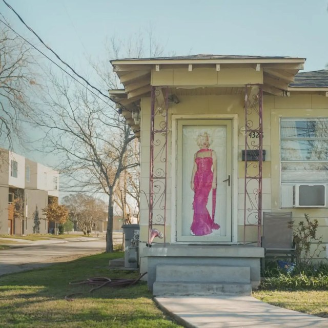 A poster of Marilyn Monroe on an old house in Old East Dallas. 2020 Best Photos.