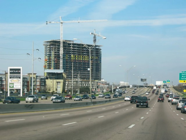 Dallas construction on Interstate 35 East