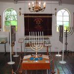 Die Synagoge Dornum blieb in der Pogromnacht unbeschädigt. Sie beherrbergt heute ein sehenswertes Museum.