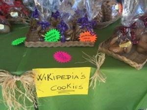 Zum Espresso reicht man dieser Tage ganz selbstverstädlich Wikipedia-Kekse.