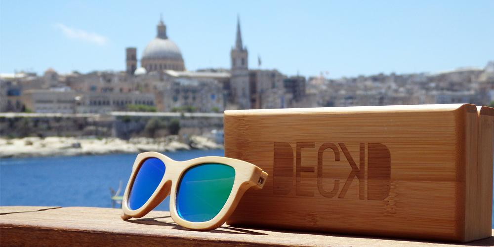 Rainforest lens with Valletta background
