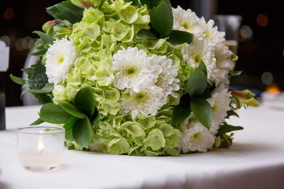 flower arrangement at Sheraton Bayfront hotel wedding in Erie, PA