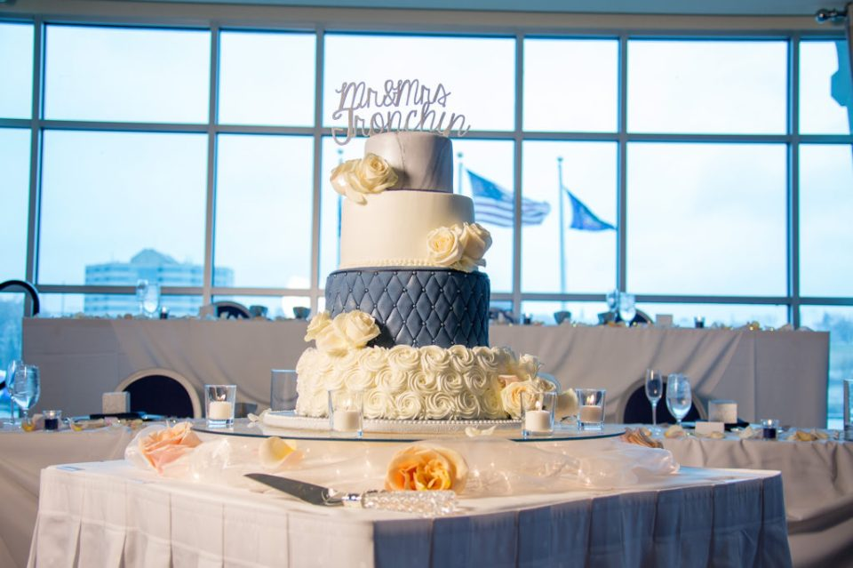 cake table for wedding at Sheraton Bayfront Hotel in Erie, PA