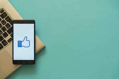 4 Tips on How to Write for Facebook