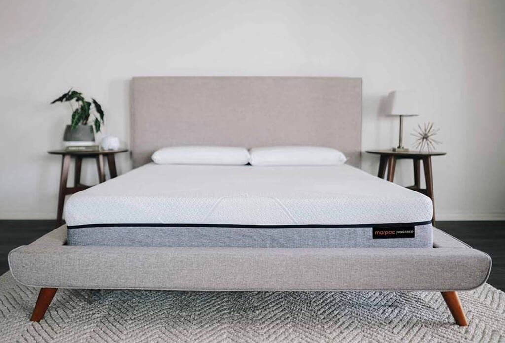 How To deep Clean a Mattress with Baking Soda and Vinegar